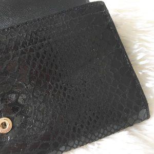 Michael Kors Bags - 🔥 MK ⊛ Hardware Continental Wallet ⊛ Shiny Black